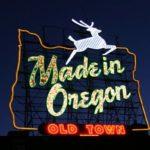 portland-oldtown, oregon, chalk it ups signs, bella pizza, chalkboard sign,
